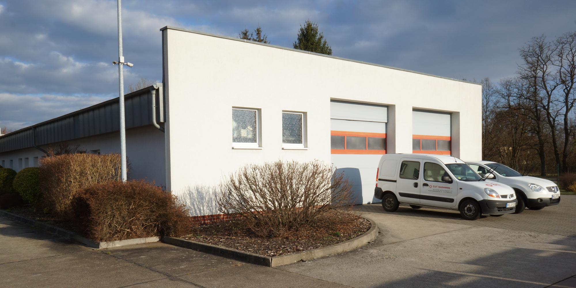 Firmensitz_Hinten_v001